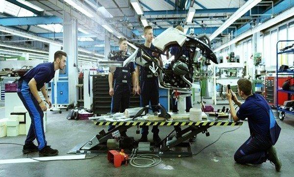 primera motocicleta BMW voladora 2