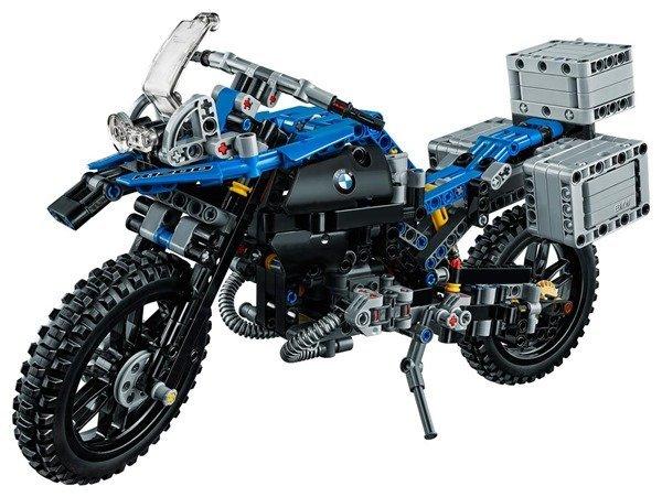 primera motocicleta BMW voladora 3