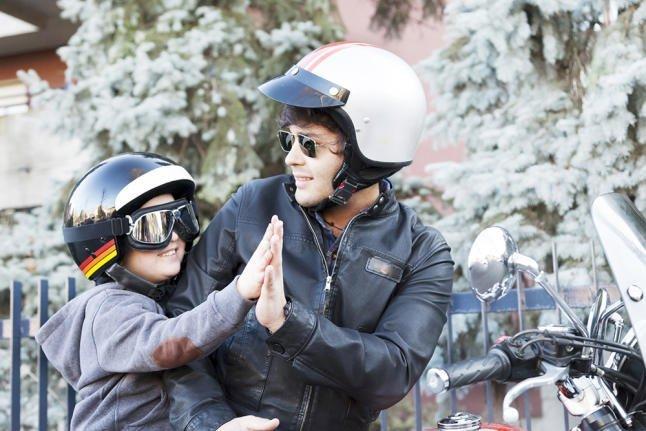Claves para llevar a los niños en la moto 3